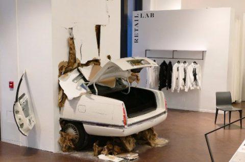 asseuseDeSens-RetailRevolution_crash