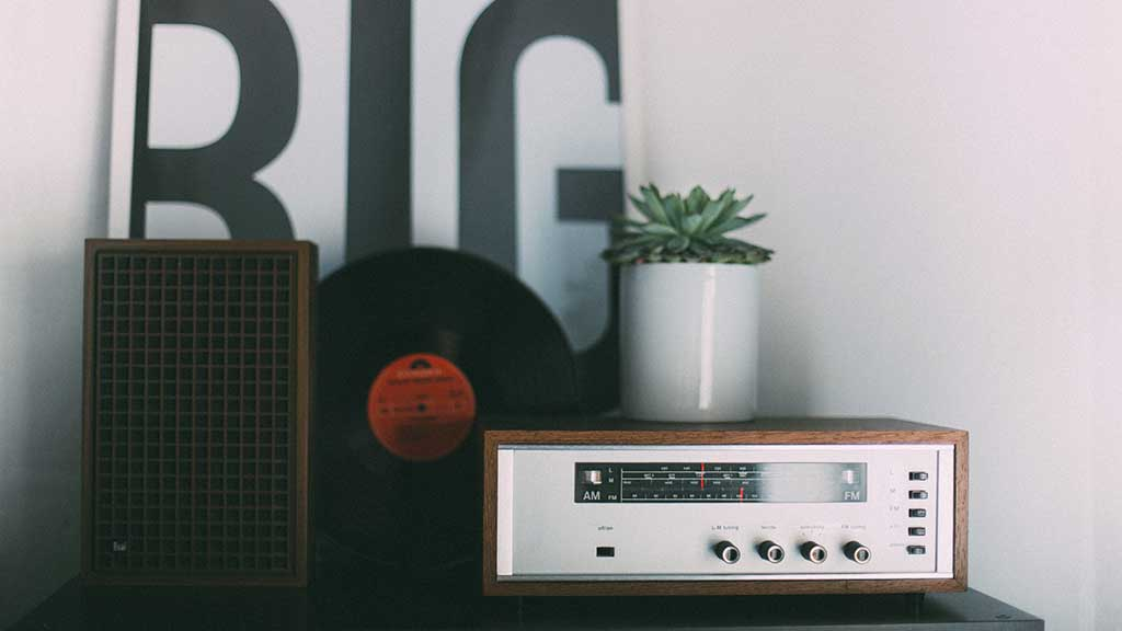 Passeuse-de-sens_TRUCS&TIPS_Trouvez-votre-voix-entrainement-radio